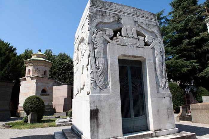 tomba di famiglia di Toscanini
