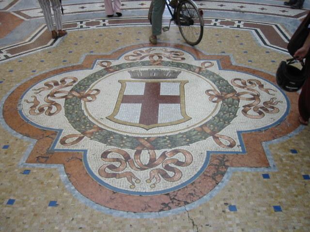 Stemma pavimento galleria Vittorio Emanuele