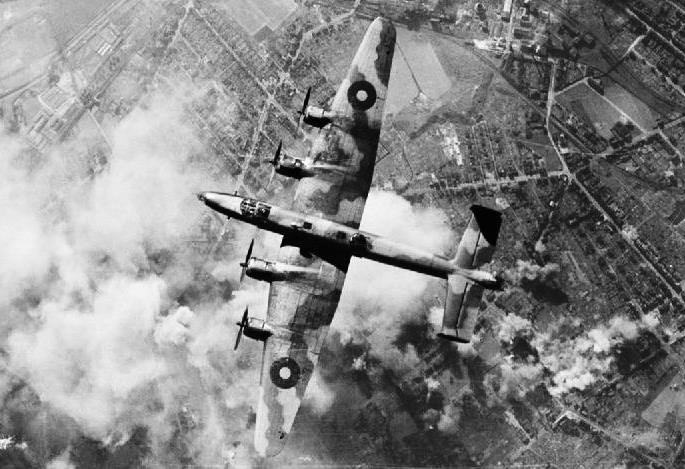 Bombardiere inglese Halifax