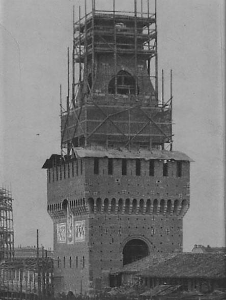 Torre del Filarete in costruzione (1904)