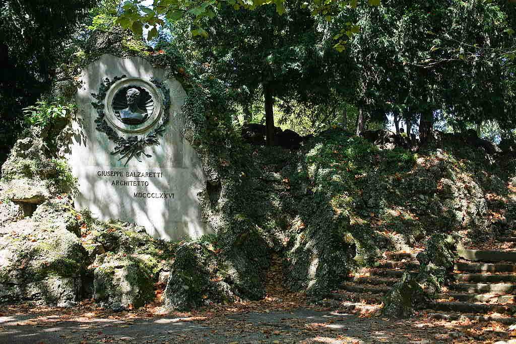 Monumento a Giuseppe Balzaretto