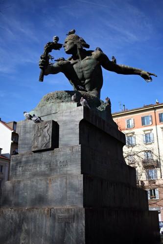 Monumento a Francesco Baracca (scultore: Silvio Monfrini)
